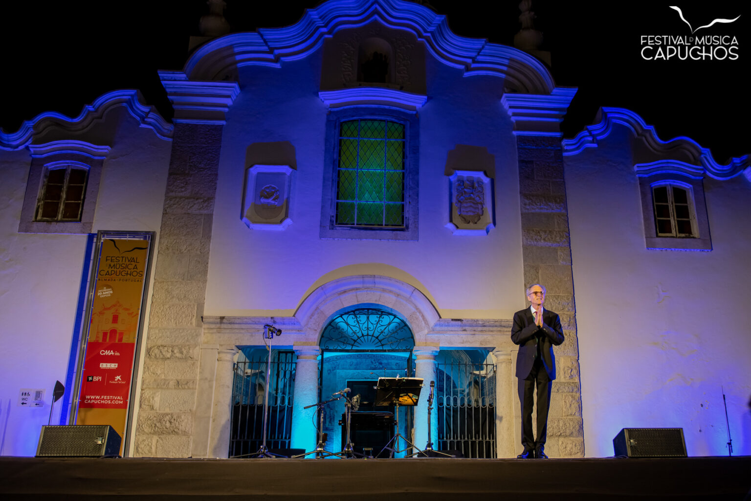 "FESTIVAL DOS CAPUCHOS - Recital de Alaúde e Vihuela por Hopkinson Smith""El Siglo de Oro, the Golden Age: Música Espanhola e Inglesa do Renascimento""Hopkinson Smith, alaúde e vihuela"